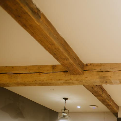 Hand-Hewn and Circle Sawn Beams